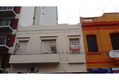 Ideal oficina o vivienda en 1er. piso. en el centro de Avellaneda
