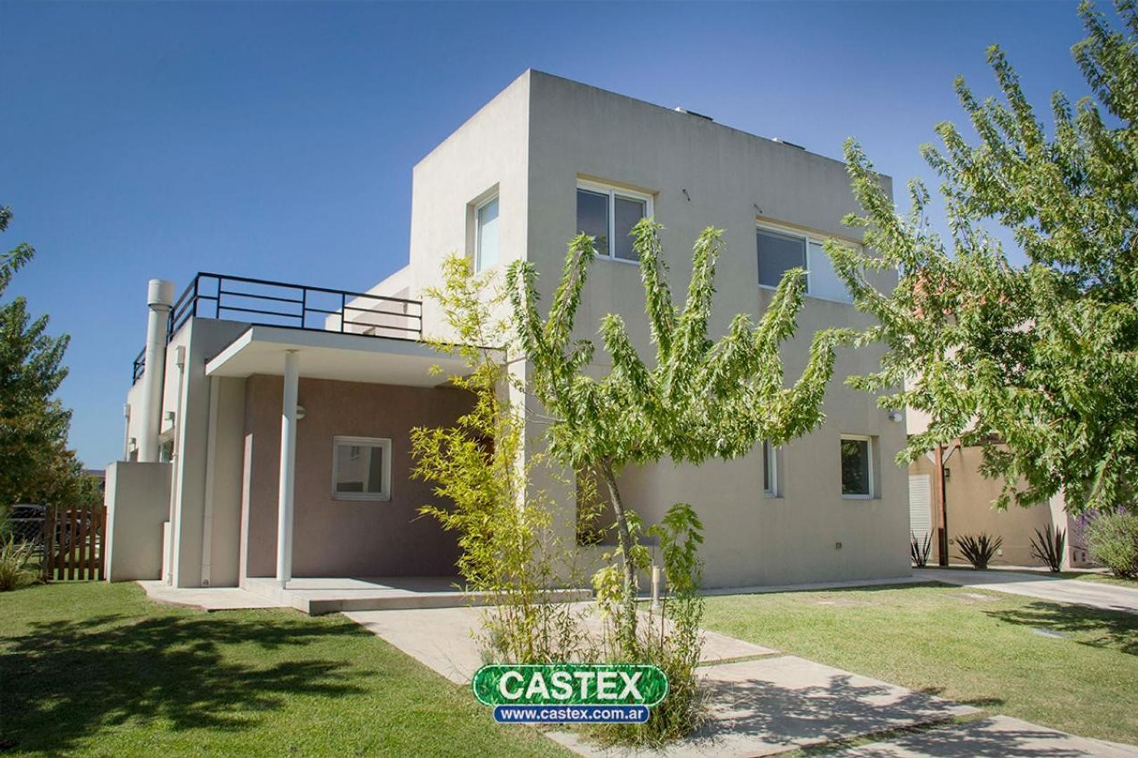 Casa moderna a la venta en Los Alisos