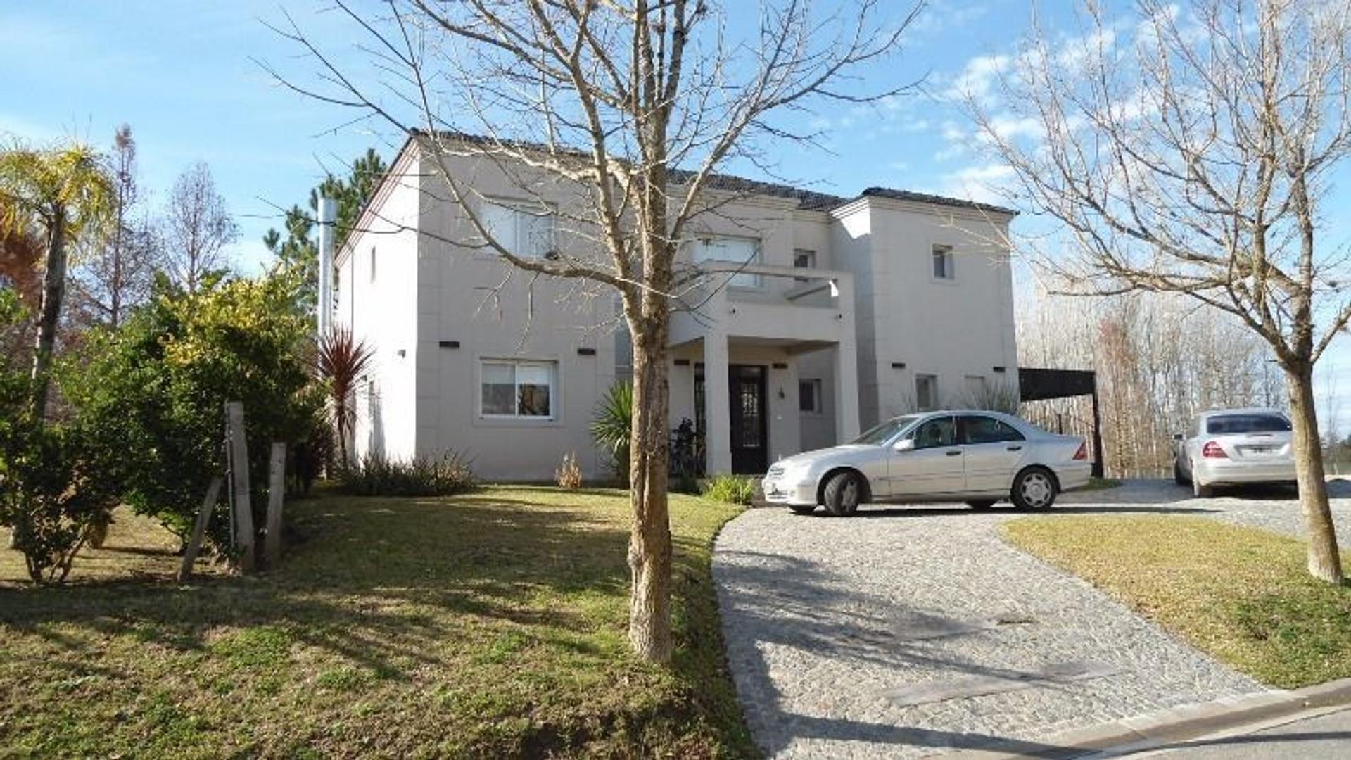 Bº Cº SEPTIEMBRE - casa en venta