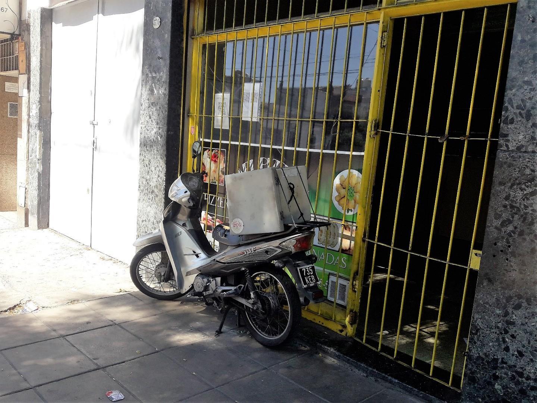 Galpon en alquiler en Mataderos sobre la avenida Directorio