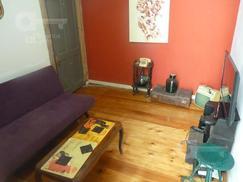 San Telmo. PH 3 ambientes con galería. Alquiler temporario sin garantías.