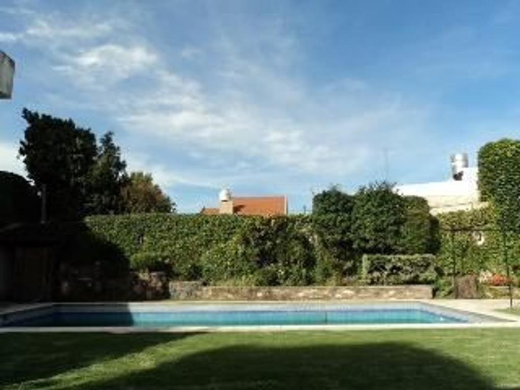 Casa en Venta de 8 ambientes en Buenos Aires, Pdo. de San Fernando, San Fernando