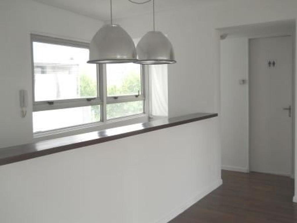 Espectacular 2 ambientes con Cochera en edificio con Piscina
