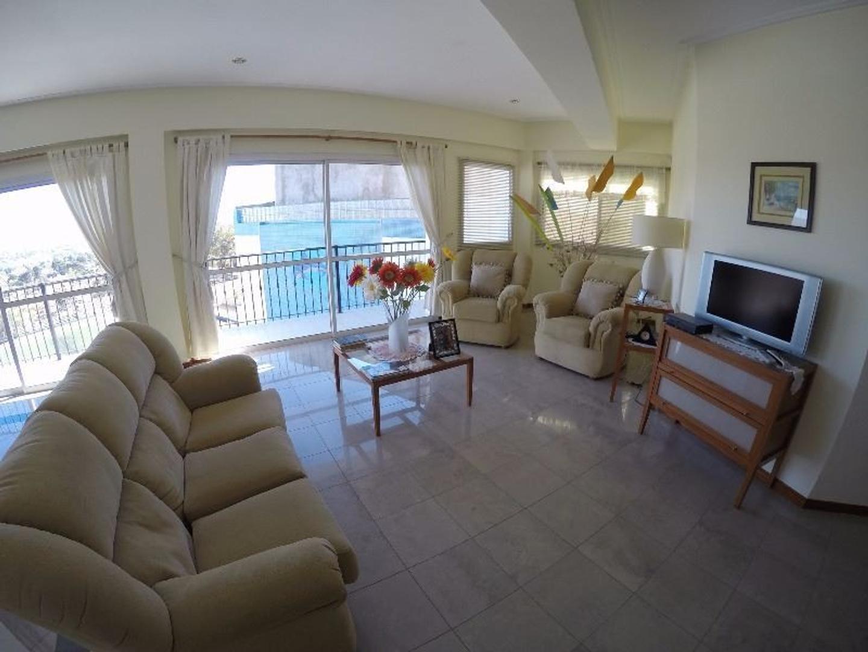 Casa en Venta en Villa Carlos Paz - 5 ambientes