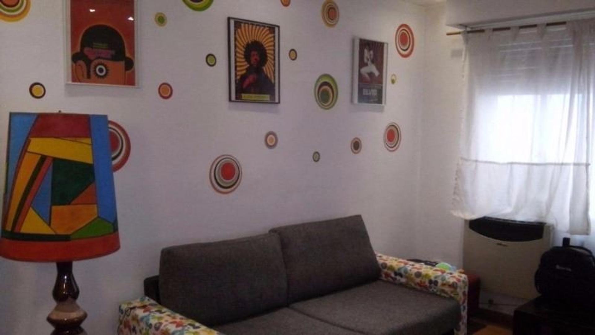 Casa tipo PH, Quilmes centro.