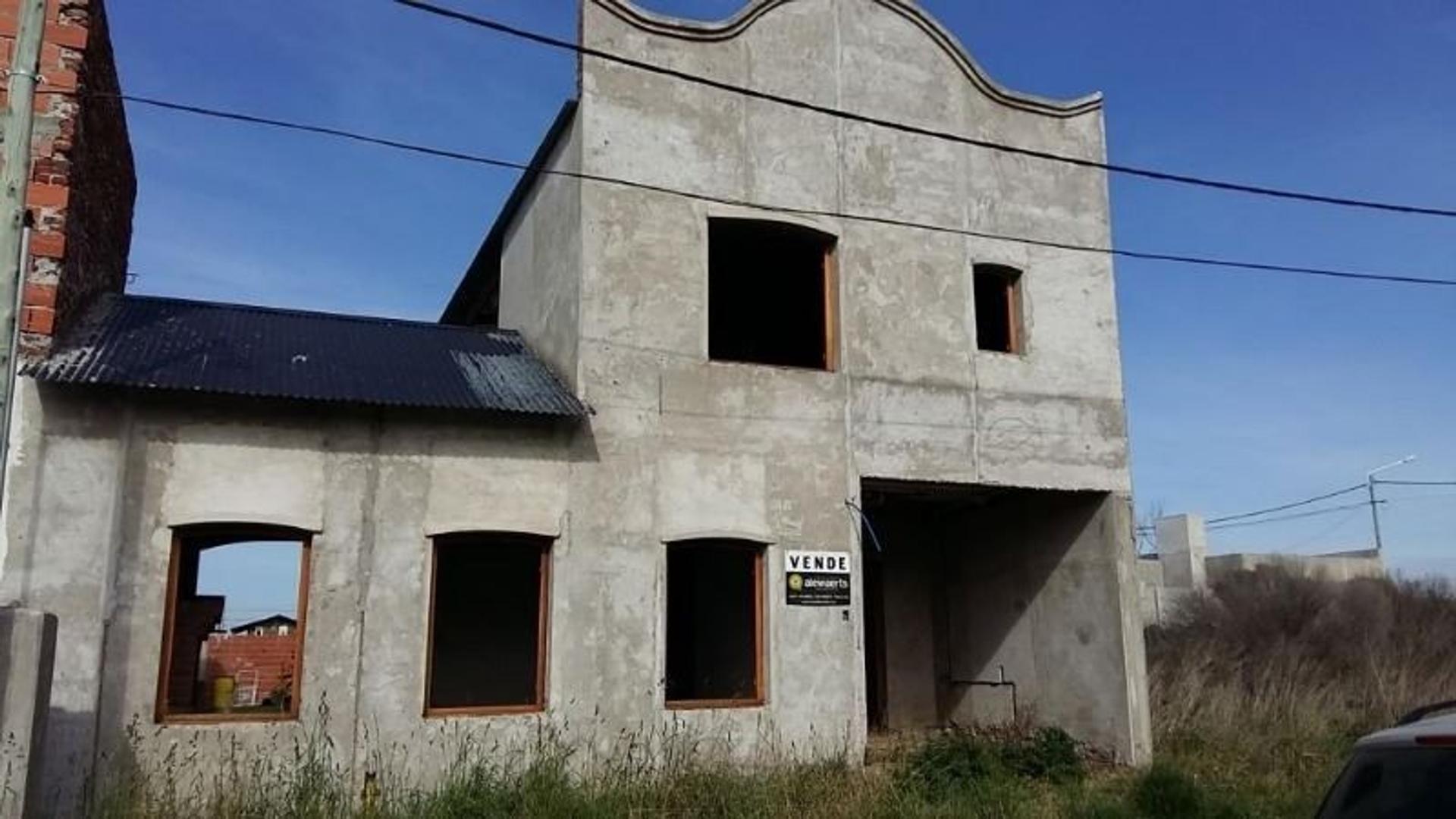 CASA A TERMINAR !!! EXCELENTE OPORTUNIDAD. MUY BUENA CONSTRUCCIÓN !!!!