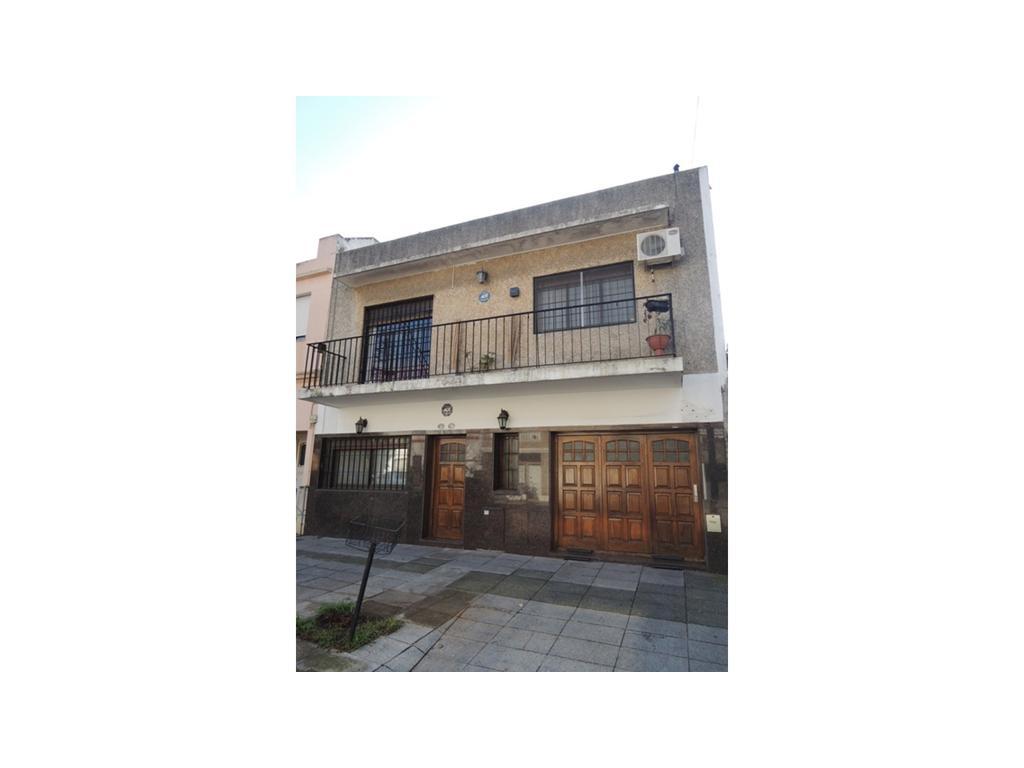 Venta de Casa 7 ambientes en Saavedra