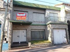 Deepartamento Avellaneda, 25 de Mayo y Av. Roca. a 5 cuadras centro y plaza de avellaneda. financia