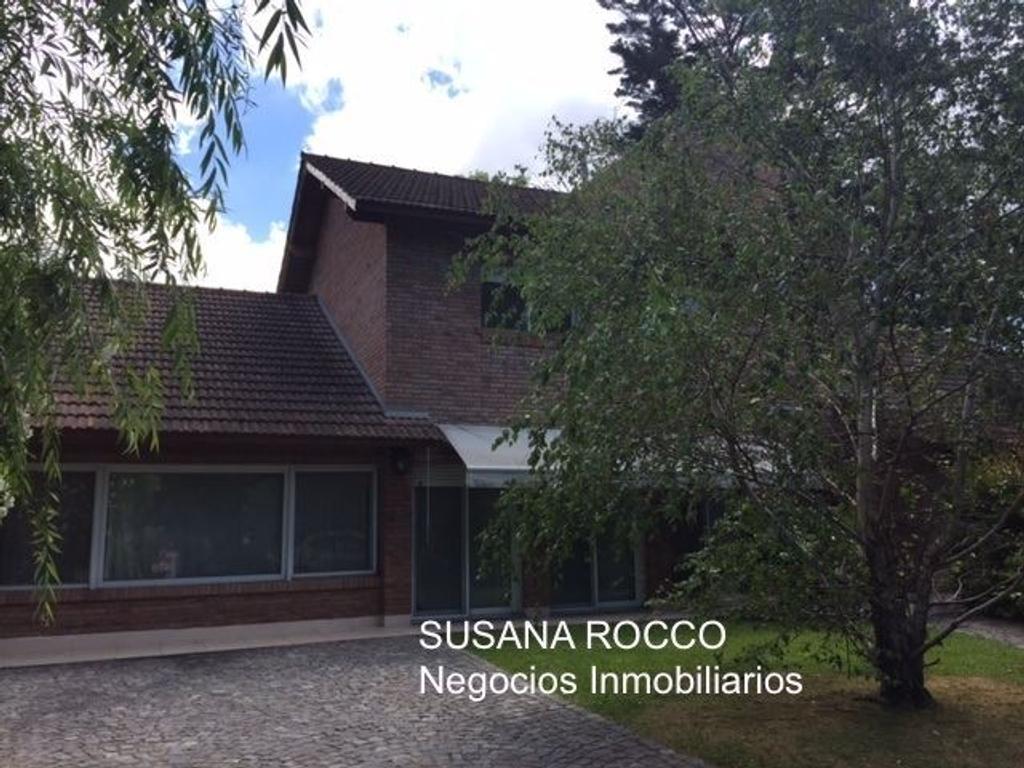 Excelente casa en Las Casuarinas de San Isidro