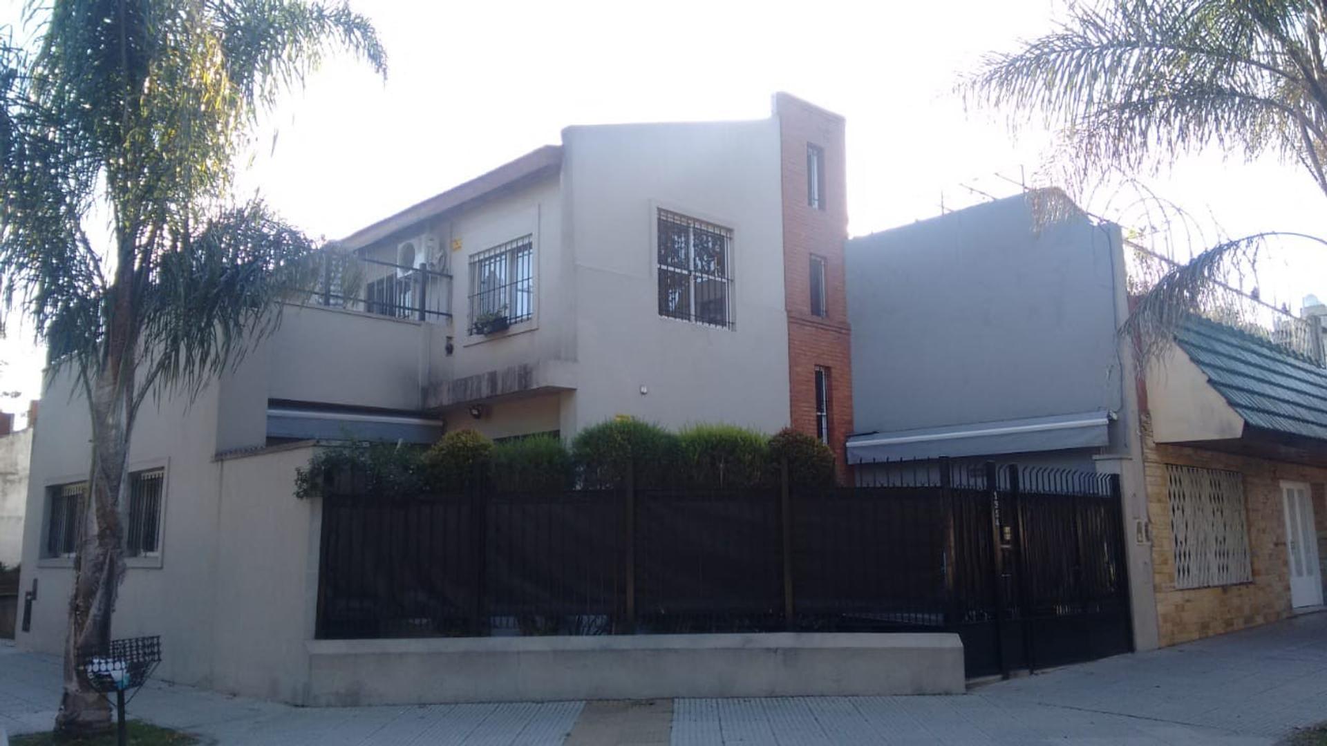 Casa en Venta en Villa Urquiza - 5 ambientes