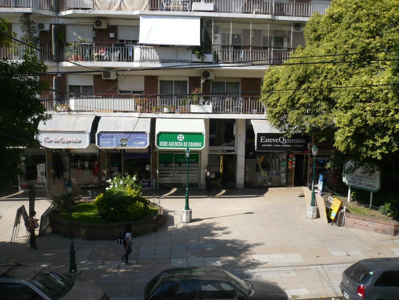 Oficina en Alquiler en Belgrano C - 7 ambientes
