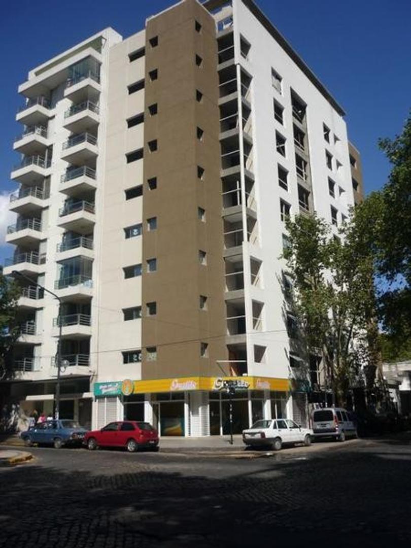 Departamento en venta en La Plata Calle 13 ESQ. 57  Dacal Bienes Raices