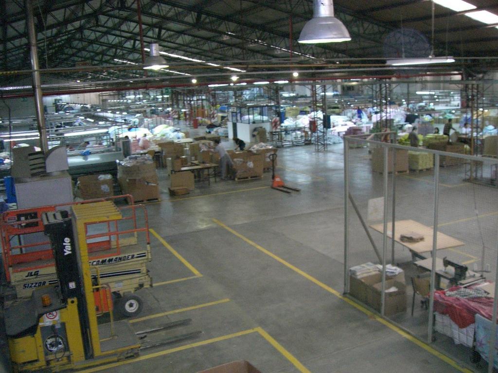 Increible Fabrica de 7000m2 en La isla RIO GRANDE. Zona libre de impuestos.