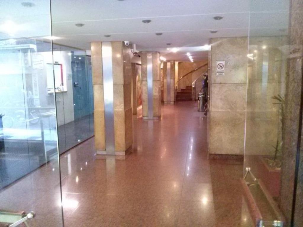 ALQUILER OFICINAS PLANTA LIBRE 400 M2 EDIFICIO PREMIUM, GENERADOR ELECTRICO, COCHERA, VIG 24 HORAS
