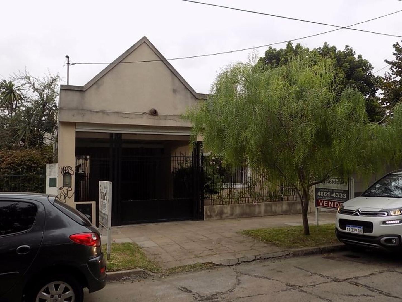 Ituzaingo Norte - Excelente Chalet - Zona muy Residencial - AP/CREDITO