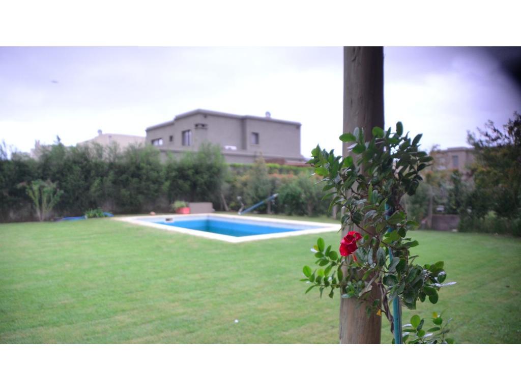 Casa Moderna en La Comarca.