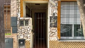 Casa en parcela entrada propia al fndo con piscina
