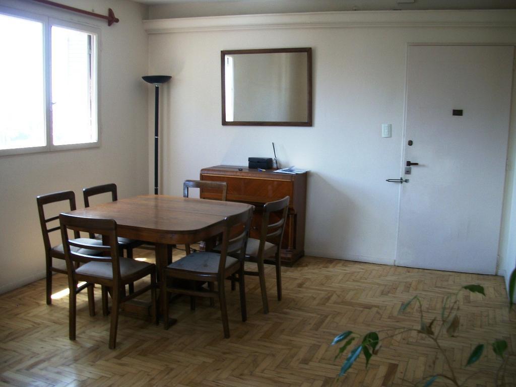 departamento 2 ambientes amplio muy luminoso mts de Av Del Libertador