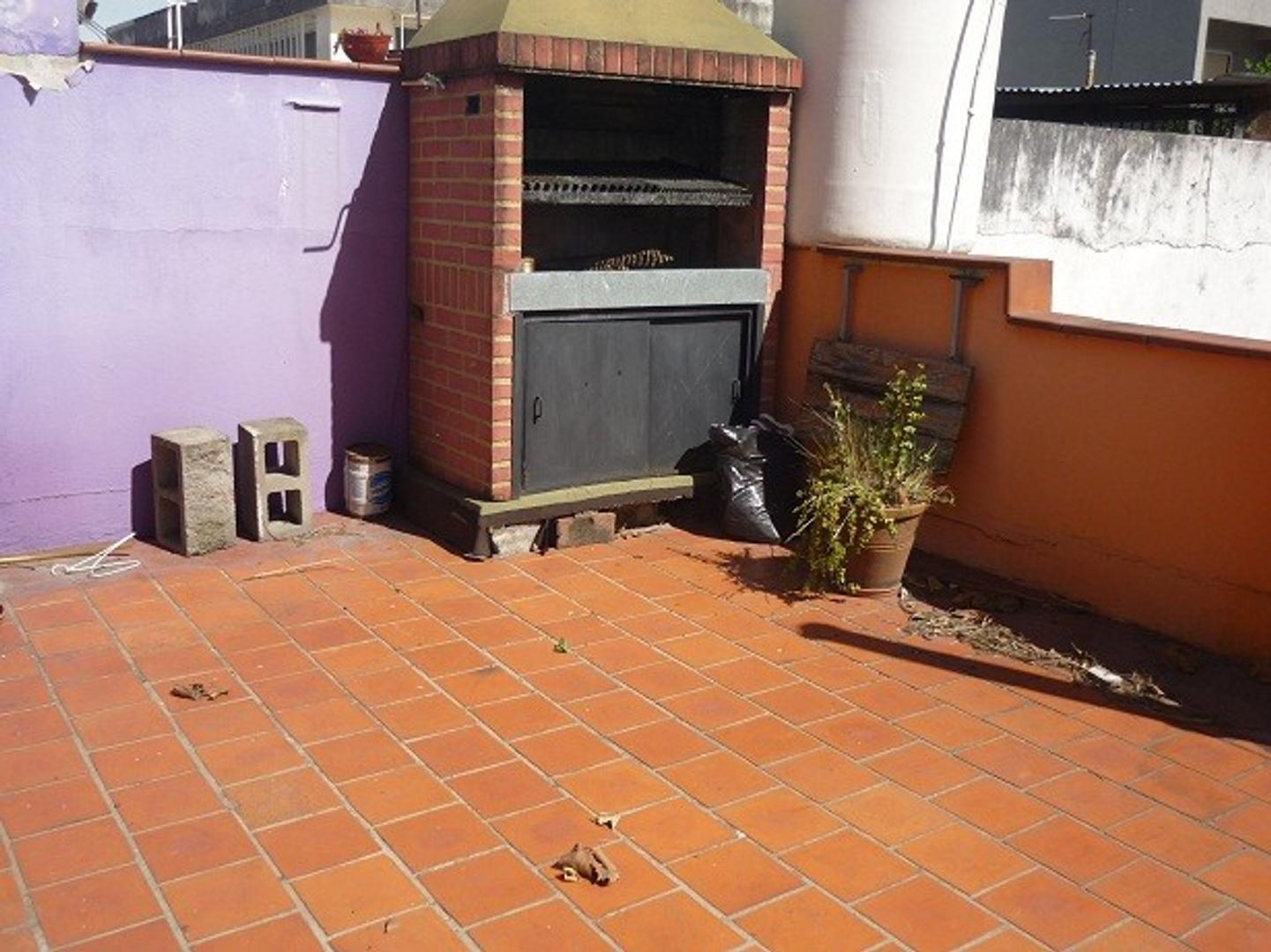 RETASADO!!!! PH 3 amb 1er Piso c/patio y esp aéreo. 140 m2 tot APTO CREDITO CONDICIONADO