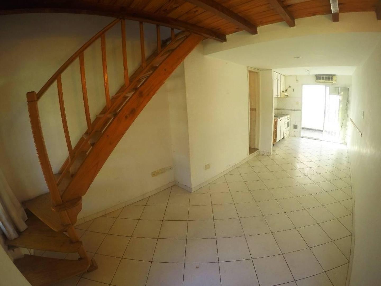 Duplex 3 amb al frente con Patio Apto credito