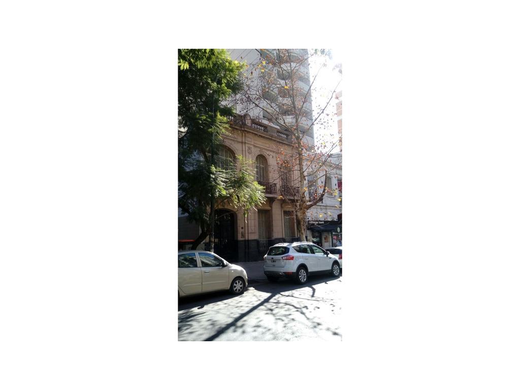 NVA CBA -CASONA EN AV CHACABUCO AL 600