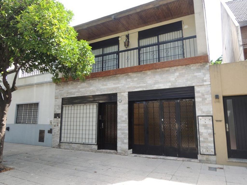 Casa tipo PH  5 AMBIENTES en Saavedra, Capital Federal