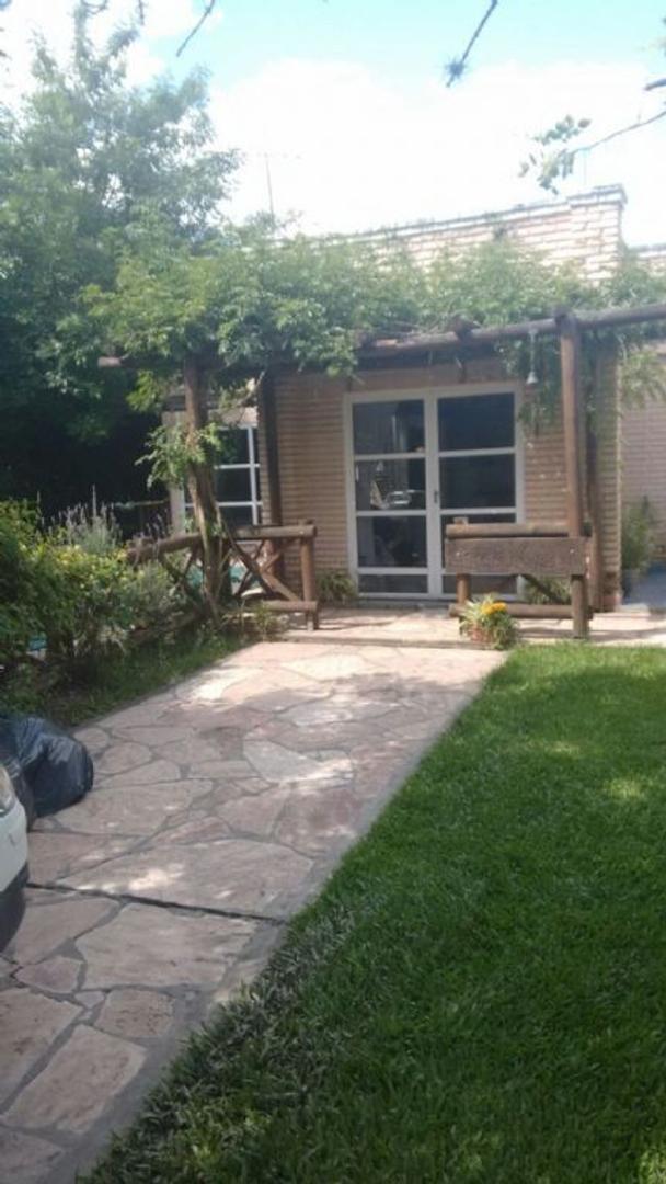 Casa   en Venta ubicado en C.C. Banco Provincia, Zona Oeste - OES0713_LP108551_1