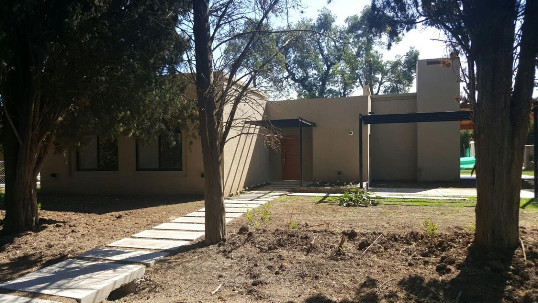 Oportunidad! Hermosas casas a estrenar en Manzanares Chico