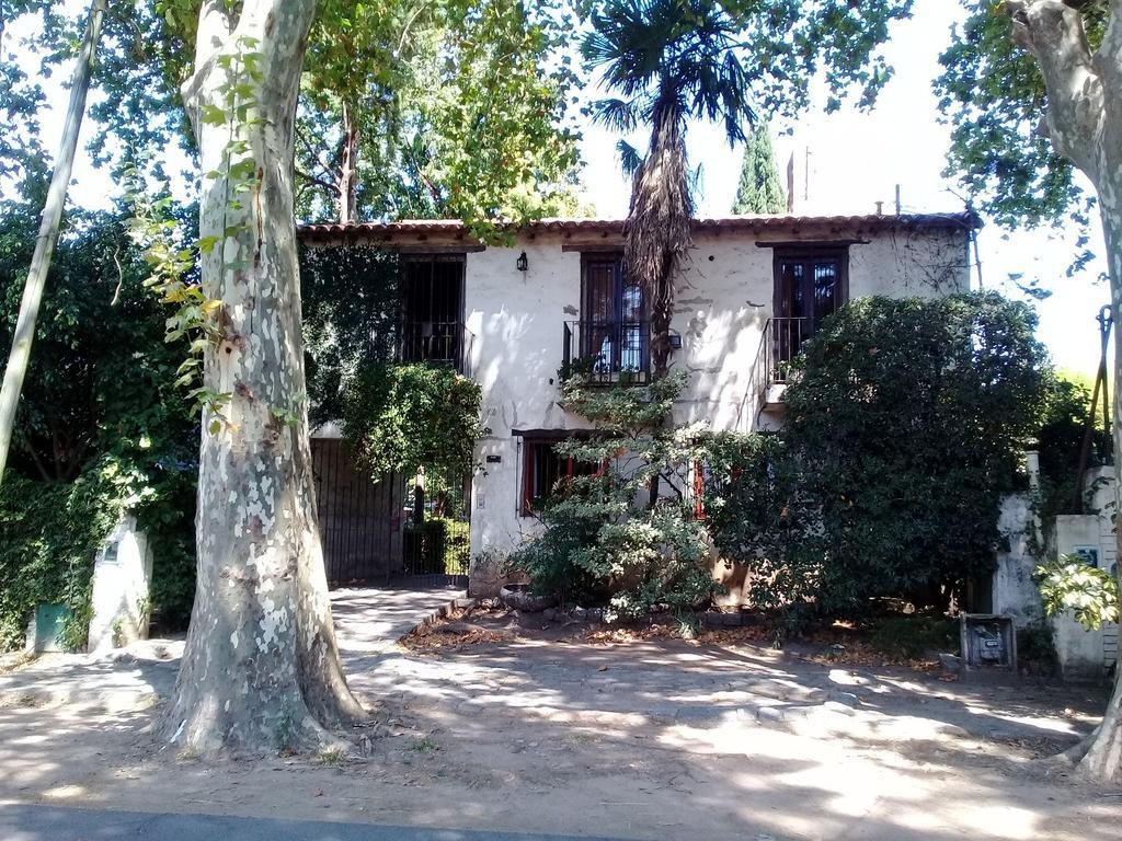 Casa en dos Plantas Estilo Colonial!!!