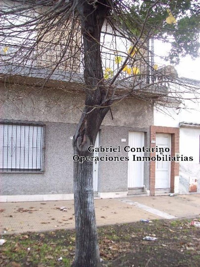 Deposito Con Vivienda 3 Amb.