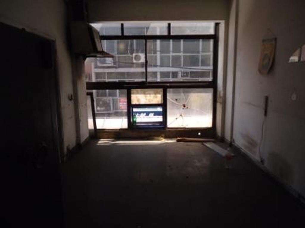Local en galeria Sarmiento - excelente ubicacion - microcentro.