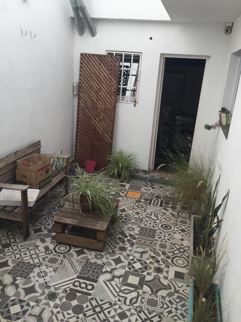 Exclusivo PH en Viamonte y Peña reciclado a nuevo 4 ambientes mas garage - Foto 23