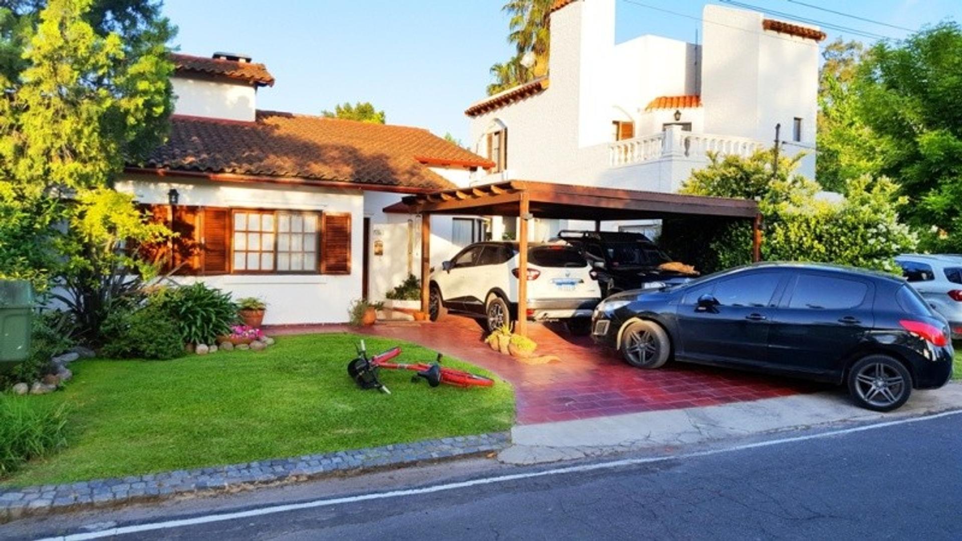 Casa en Venta - 4 ambientes -Aranjuez Country Club - Moderna casa!
