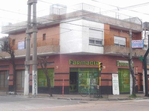 CASA EN ALTOS, 4 AMB, COCHERA, 2 BAÑOS