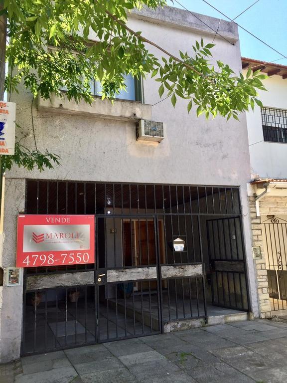 San Isidro casa 3 habitaciones 3 baños fondo y coch. Apta Crédito