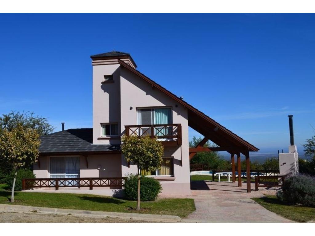 Casa en venta en barrio balcones carpinteria argenprop - Carpinteria casas ...