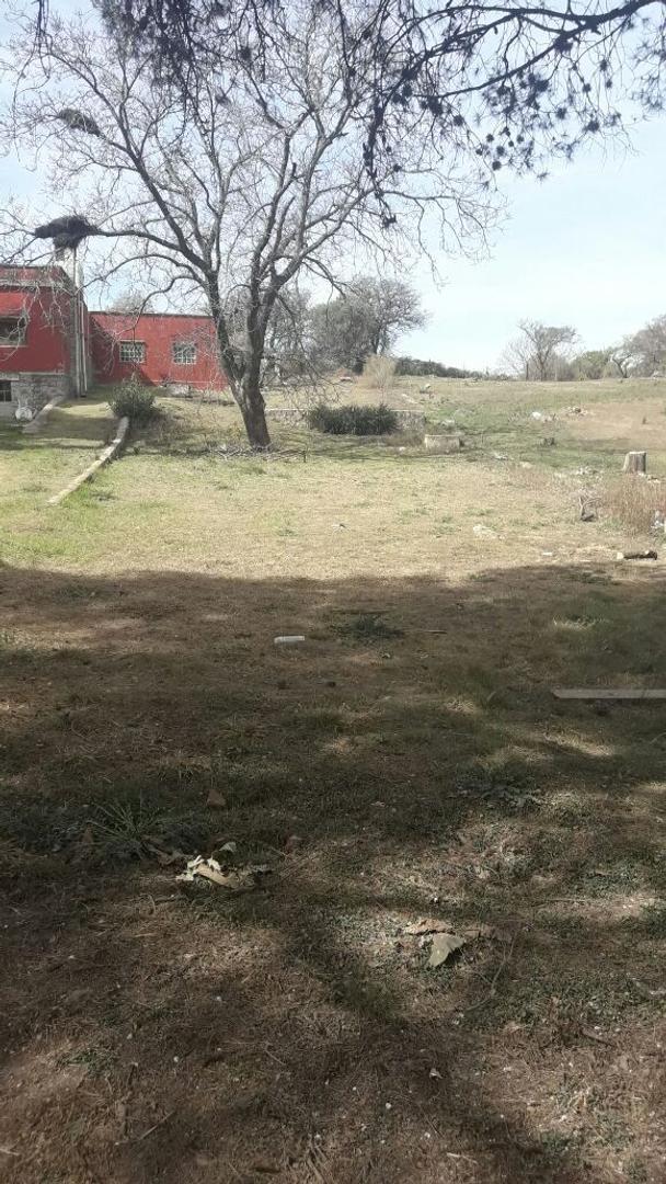 Excelente terreno de 517 m2 sobre calle Velez Sarfield en Unquillo