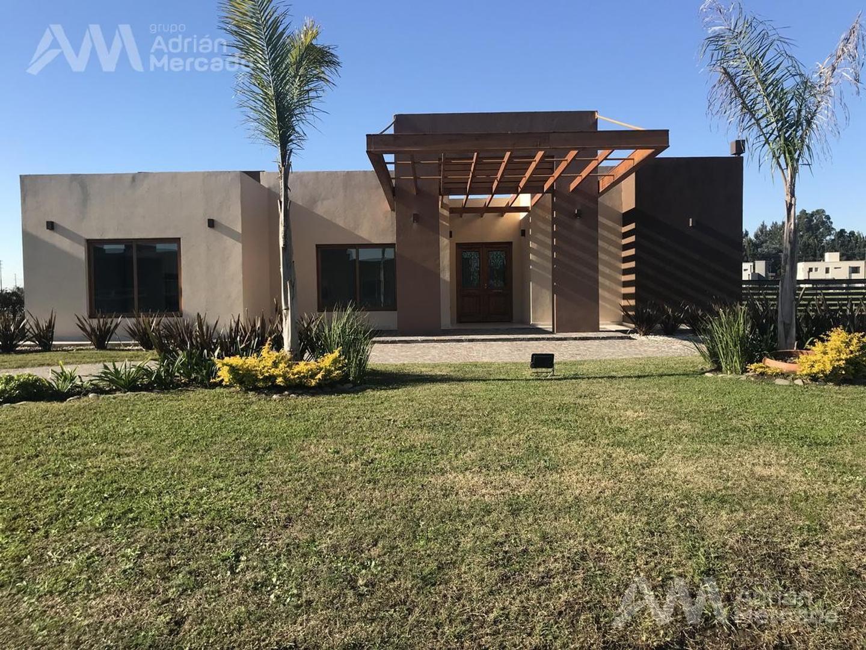 Casa en Venta en Don Joaquin - 4 ambientes