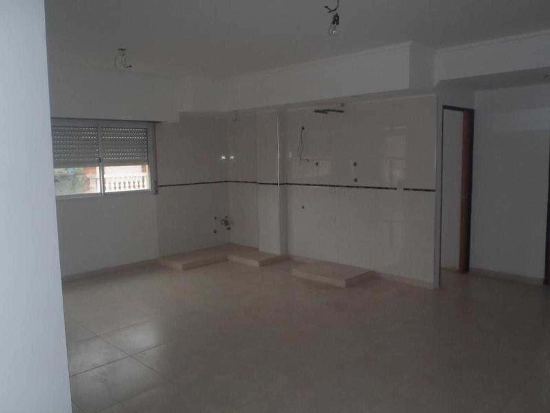 Departamento - Lomas Del Mirador