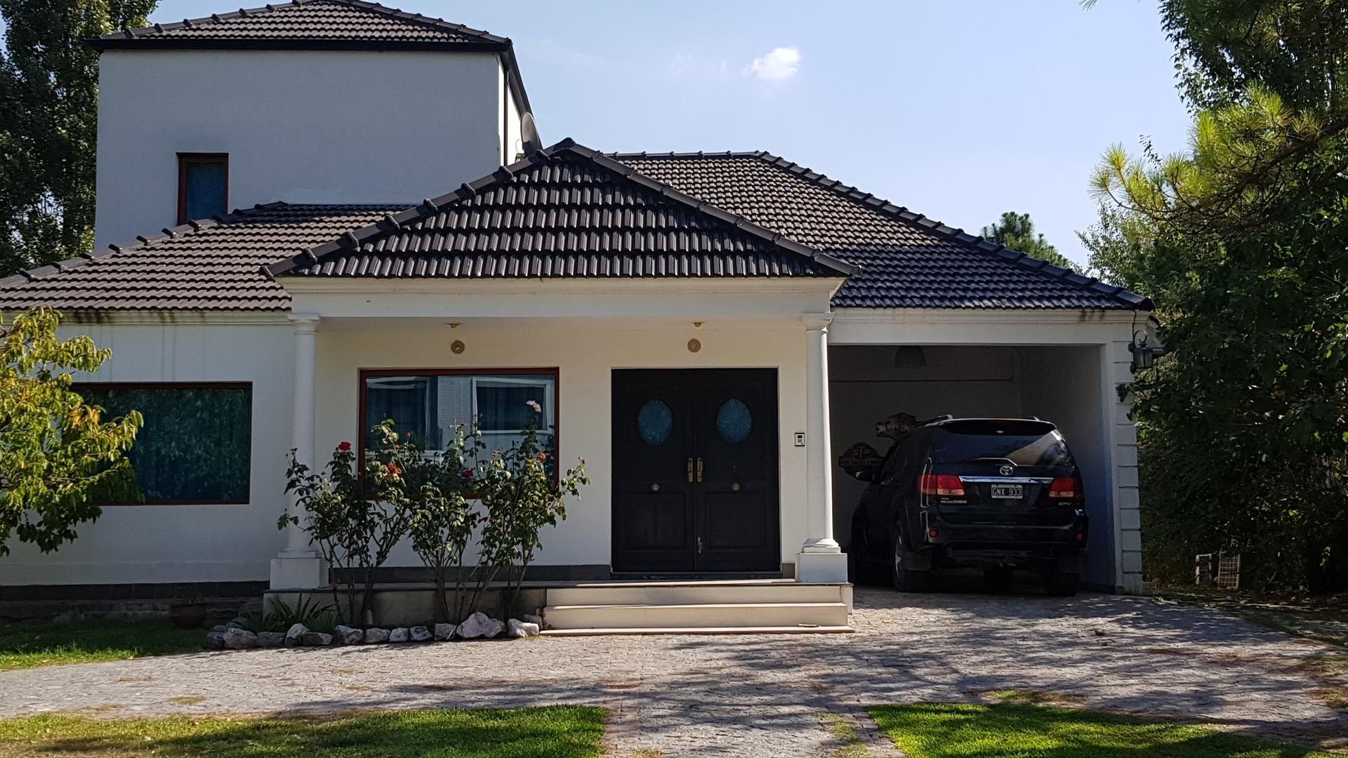 Casa en Alquiler en Saint Thomas - 7 ambientes