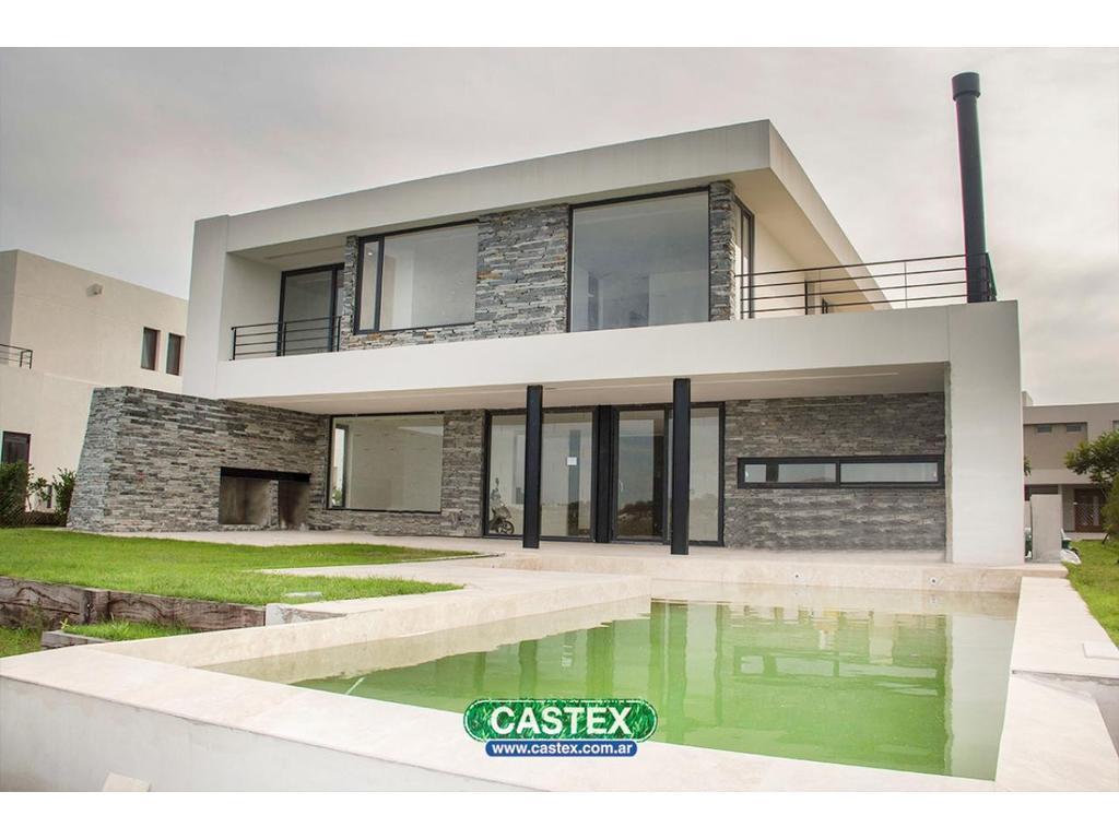 Casa moderna con vista al lago
