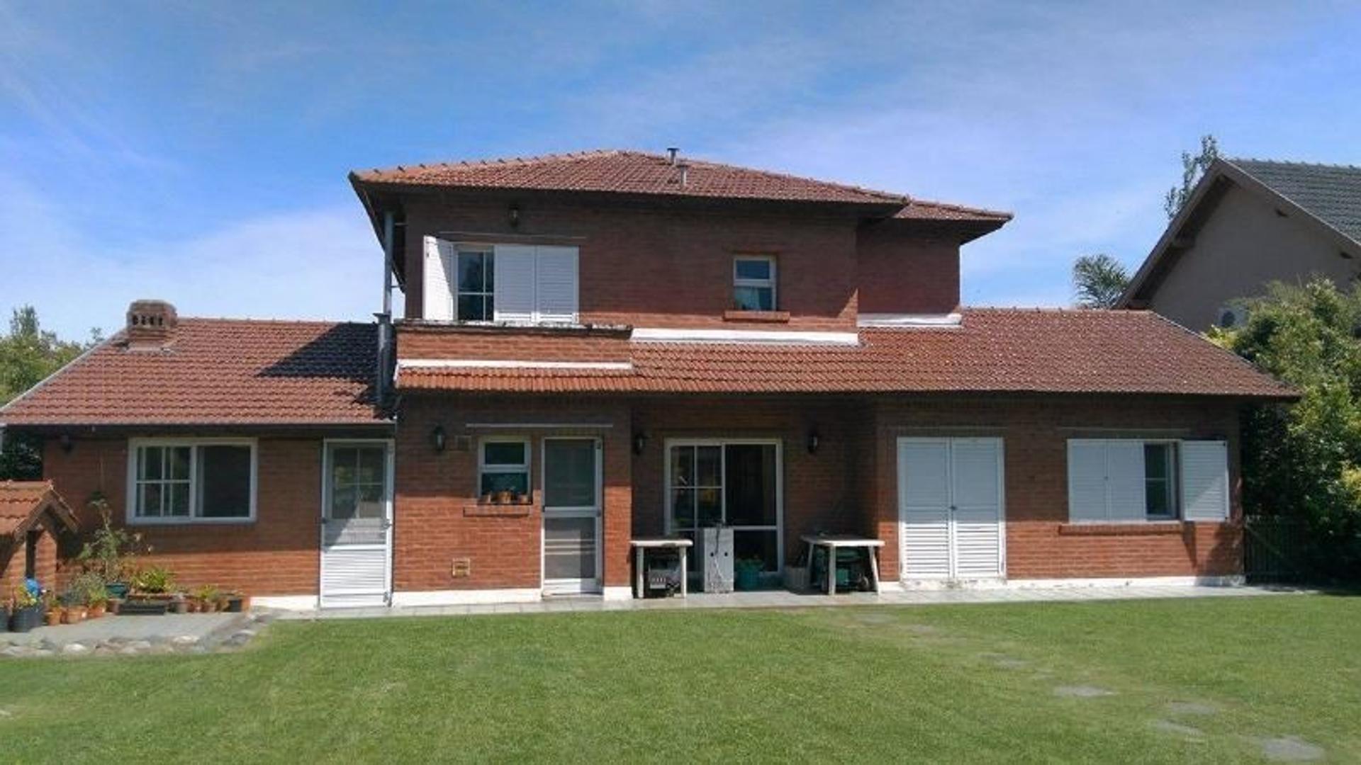 Casa en Echeverria del Lago