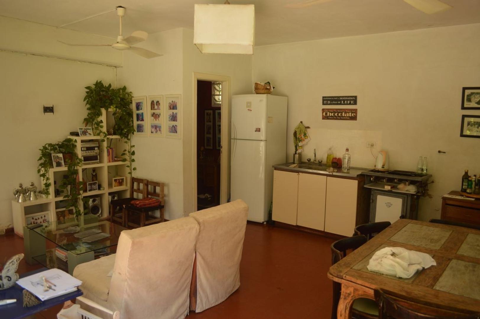 Casa espaciosa, excelente ubicación, zona Triángulo - Foto 25