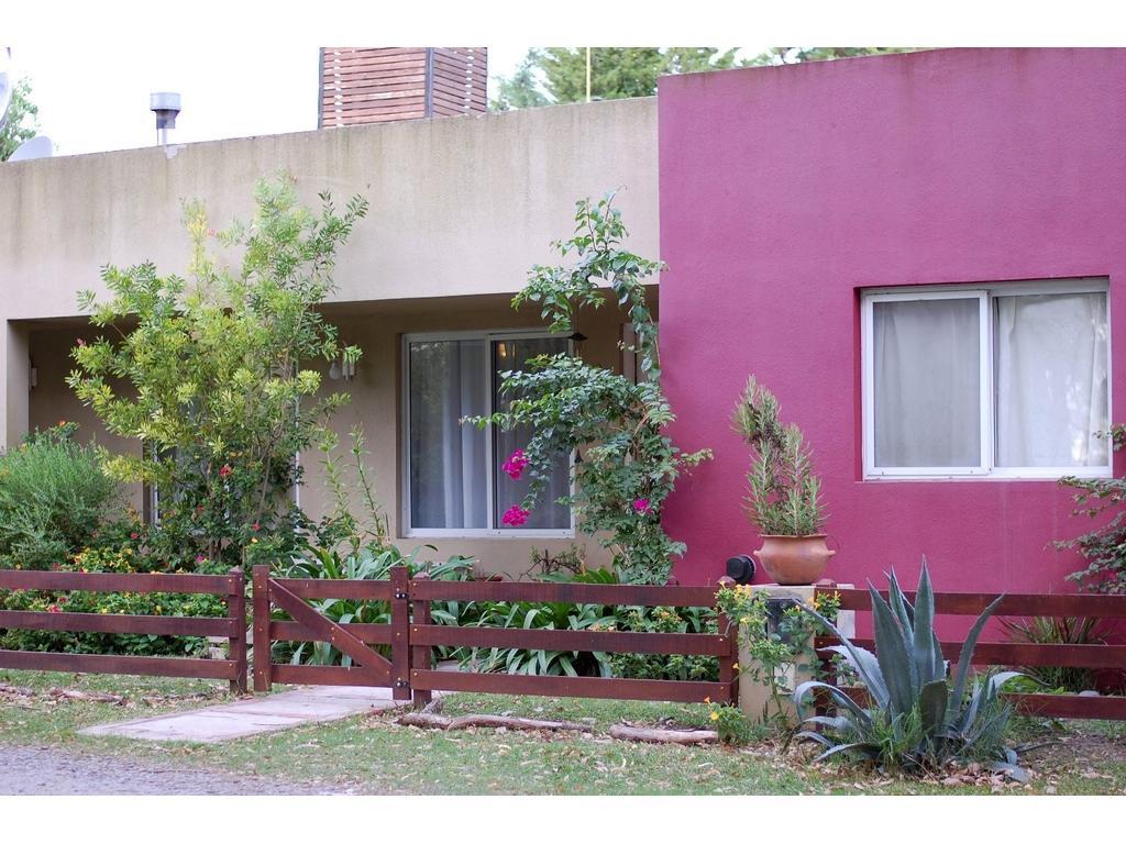 Excelente Casa 5 Ambientes C/ Pileta Y Quincho!