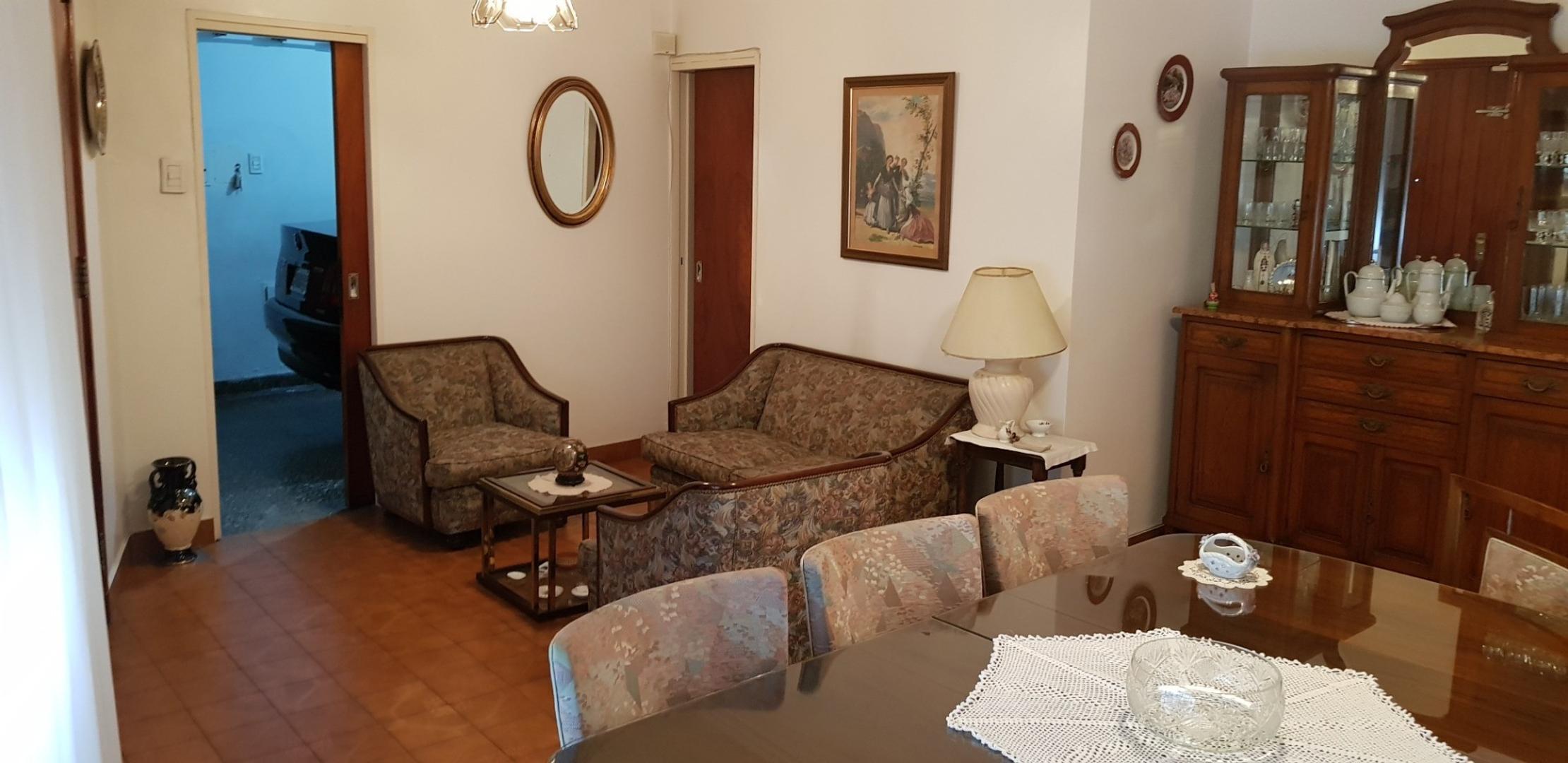 Casa en Venta en Parque Chacabuco - 3 ambientes