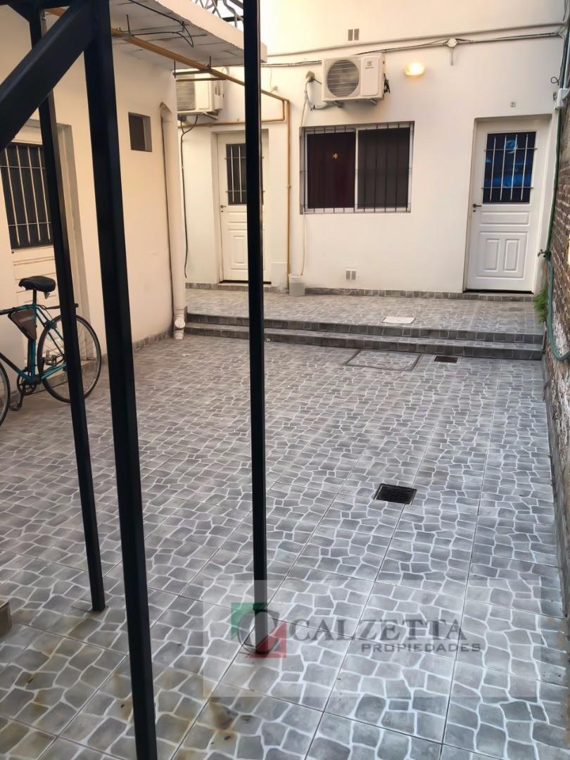 Alquiler departamento tipo casa 2 ambientes Lanús Oeste - cerca del coto lanús