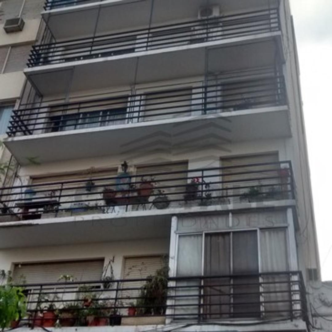 Dorrego y Rioja - Departamento 1 dormitorio a la venta
