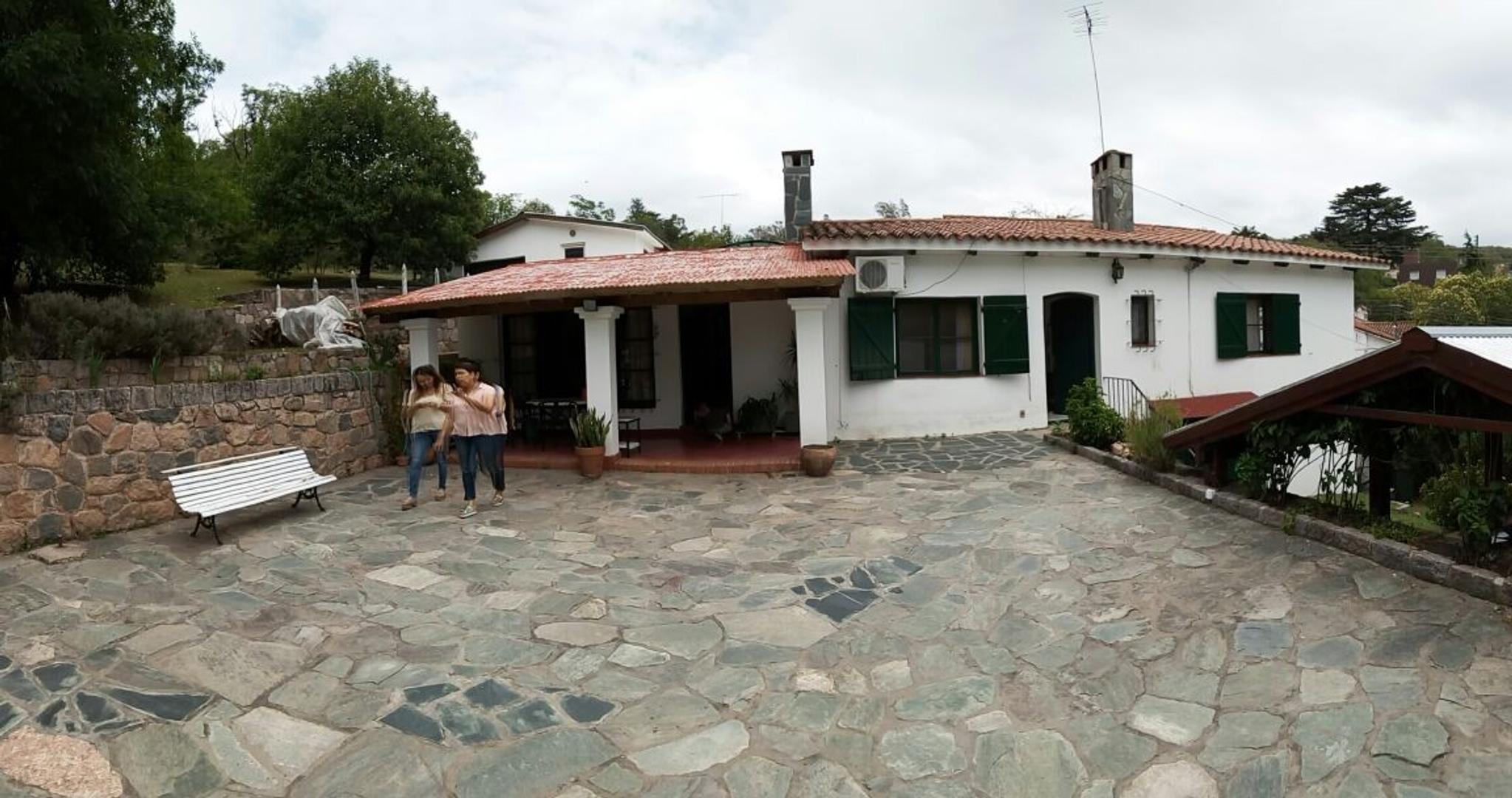 Importante propiedad en Río Ceballos, Córdoba