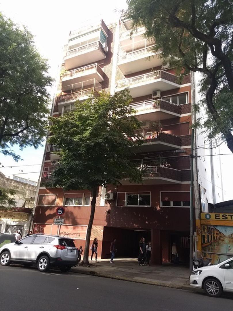EXCELENTE 3 AMBIENTES EN OPTIMO ESTADO EN GRAN UBICACION