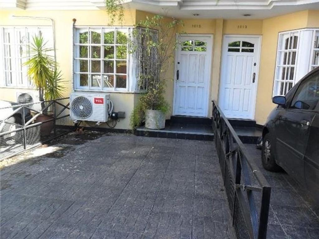TRIPLEX PH en Boedo 4 ambientes, patio con parrilla y terraza.